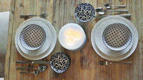 Black & blue 8 részes modern design porcelán étkészlet 2 személyre. Brand:Nora's design